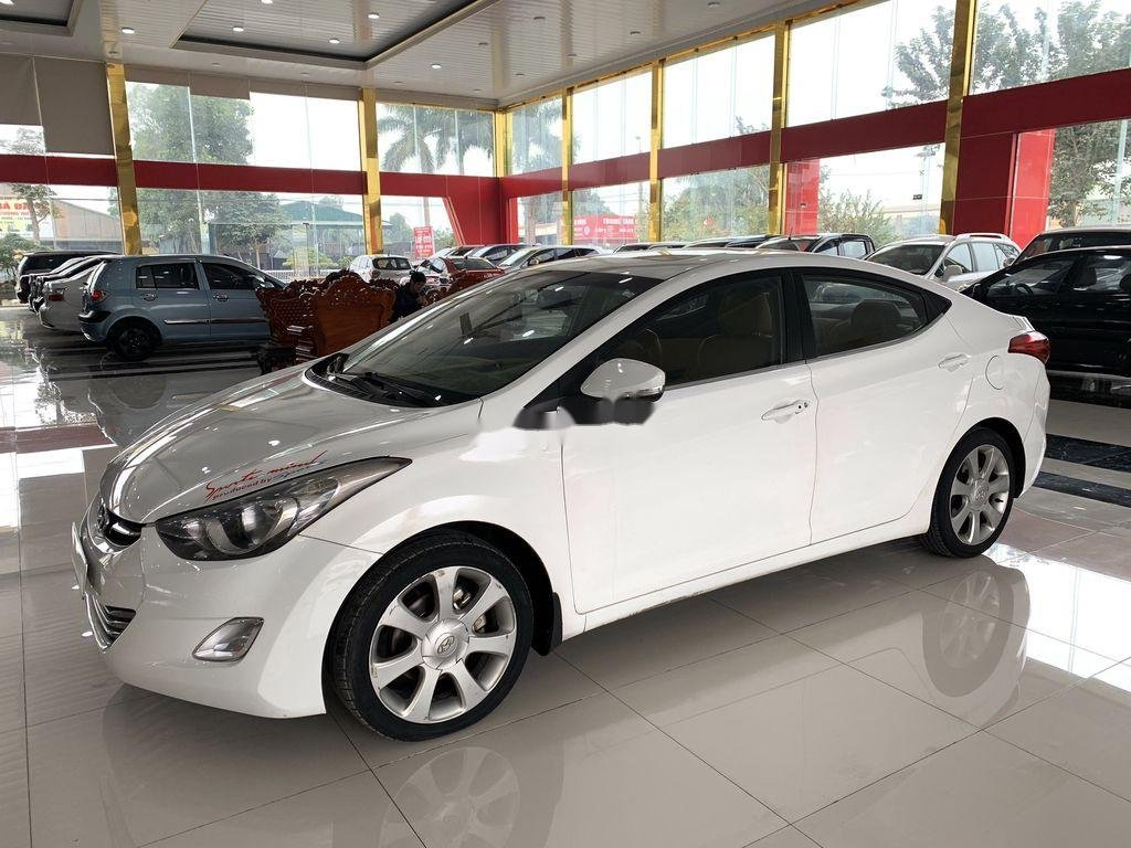 Bán xe Hyundai Elantra sản xuất 2011, nhập khẩu (3)