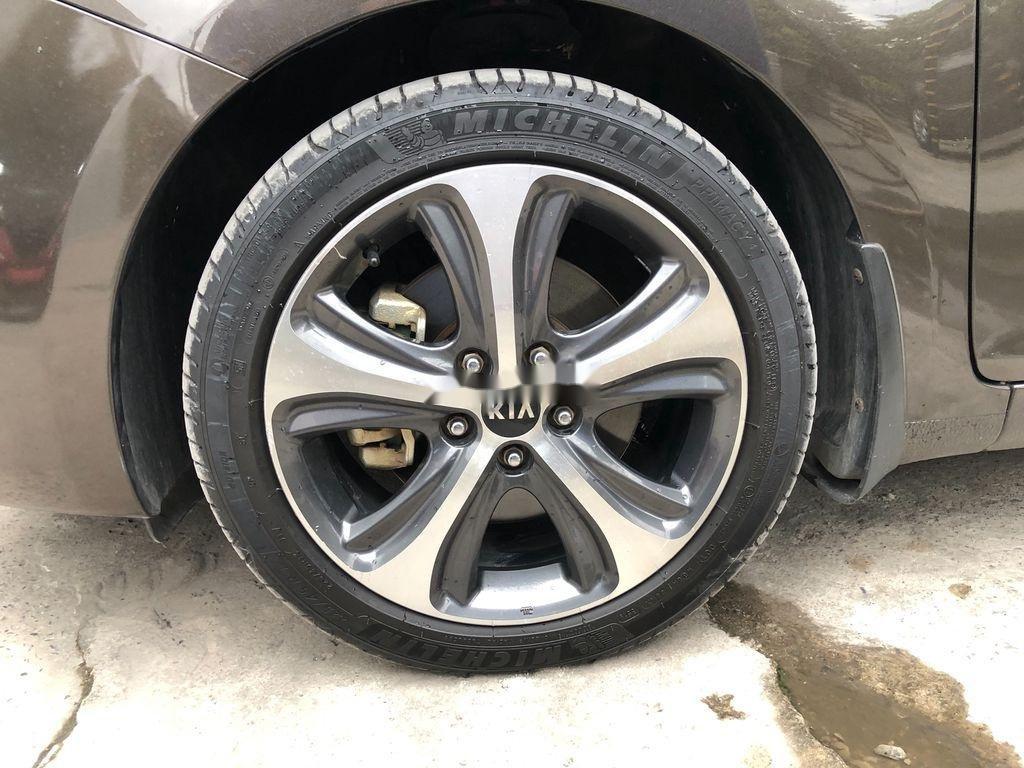 Bán xe Kia Rondo sản xuất năm 2015, giá tốt (10)