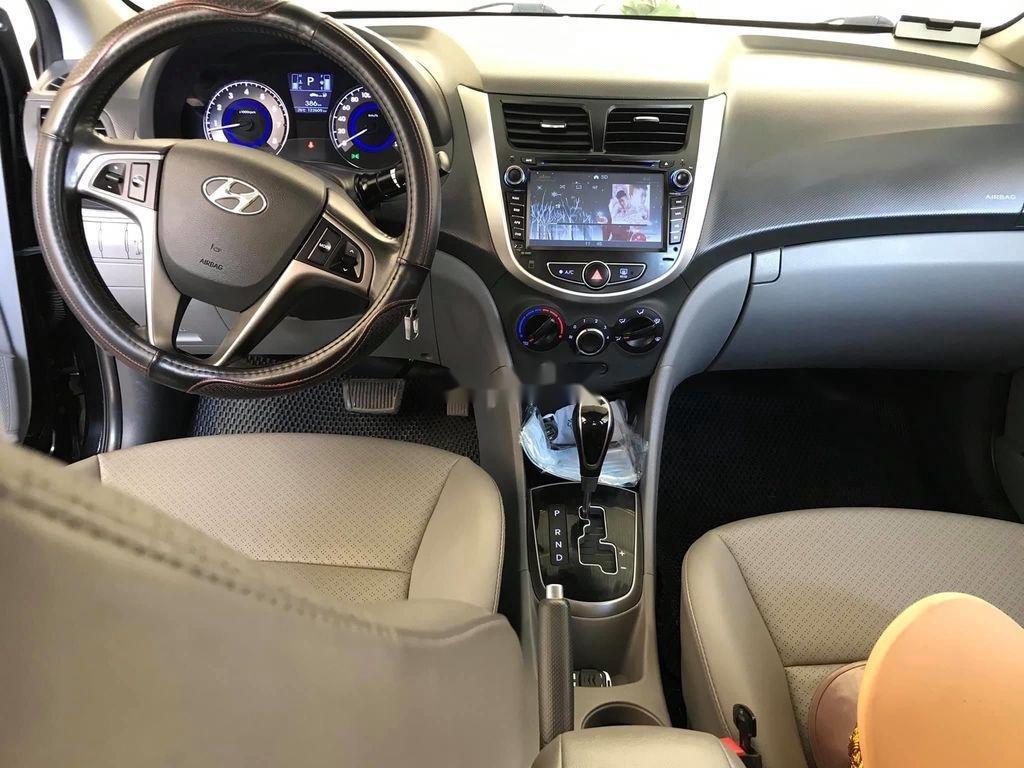 Cần bán gấp Hyundai Accent đời 2015, màu đen, nhập khẩu nguyên chiếc, 390tr (12)