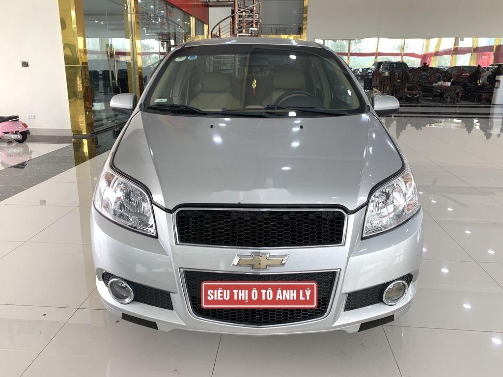 Cần bán xe Chevrolet Aveo 2014, màu bạc chính chủ, giá 235tr (1)