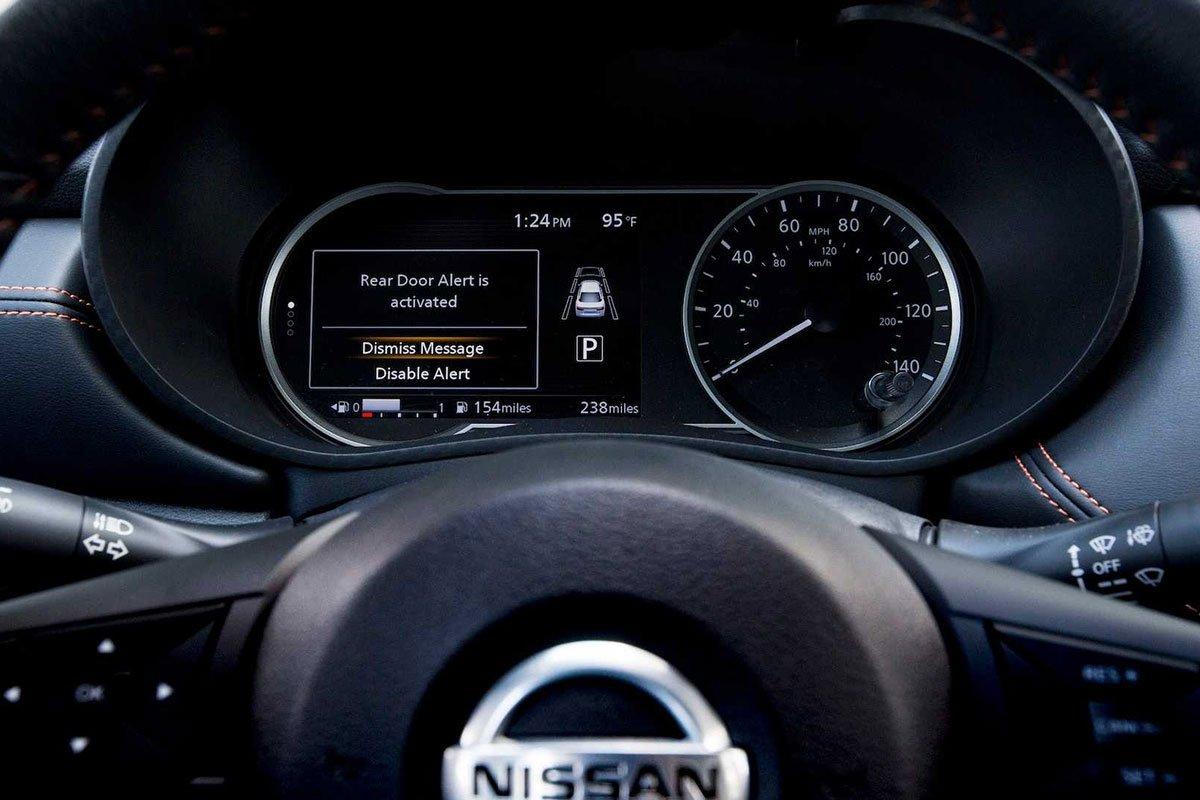 Ảnh Đồng hồ xe Nissan Sunny 2021