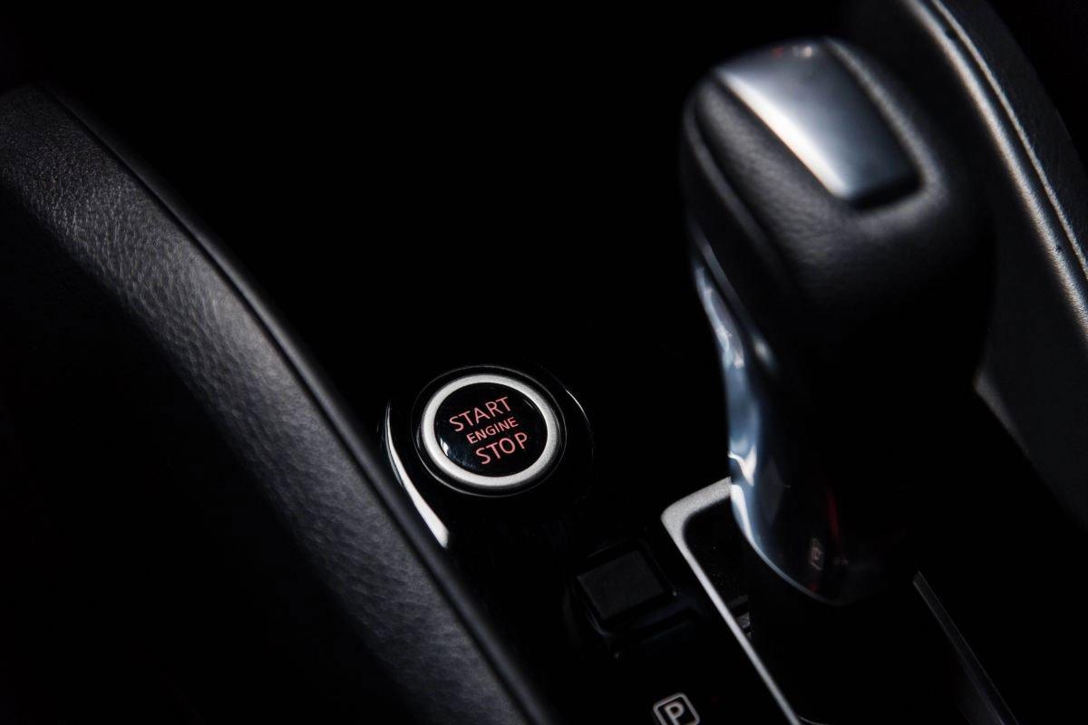 Ảnh Nút khởi động xe Nissan Sunny 2021