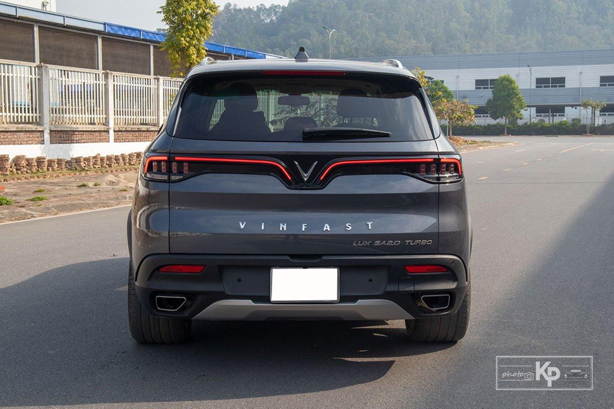 Ảnh Đuôi xe VinFast LUX SA2.0 2021