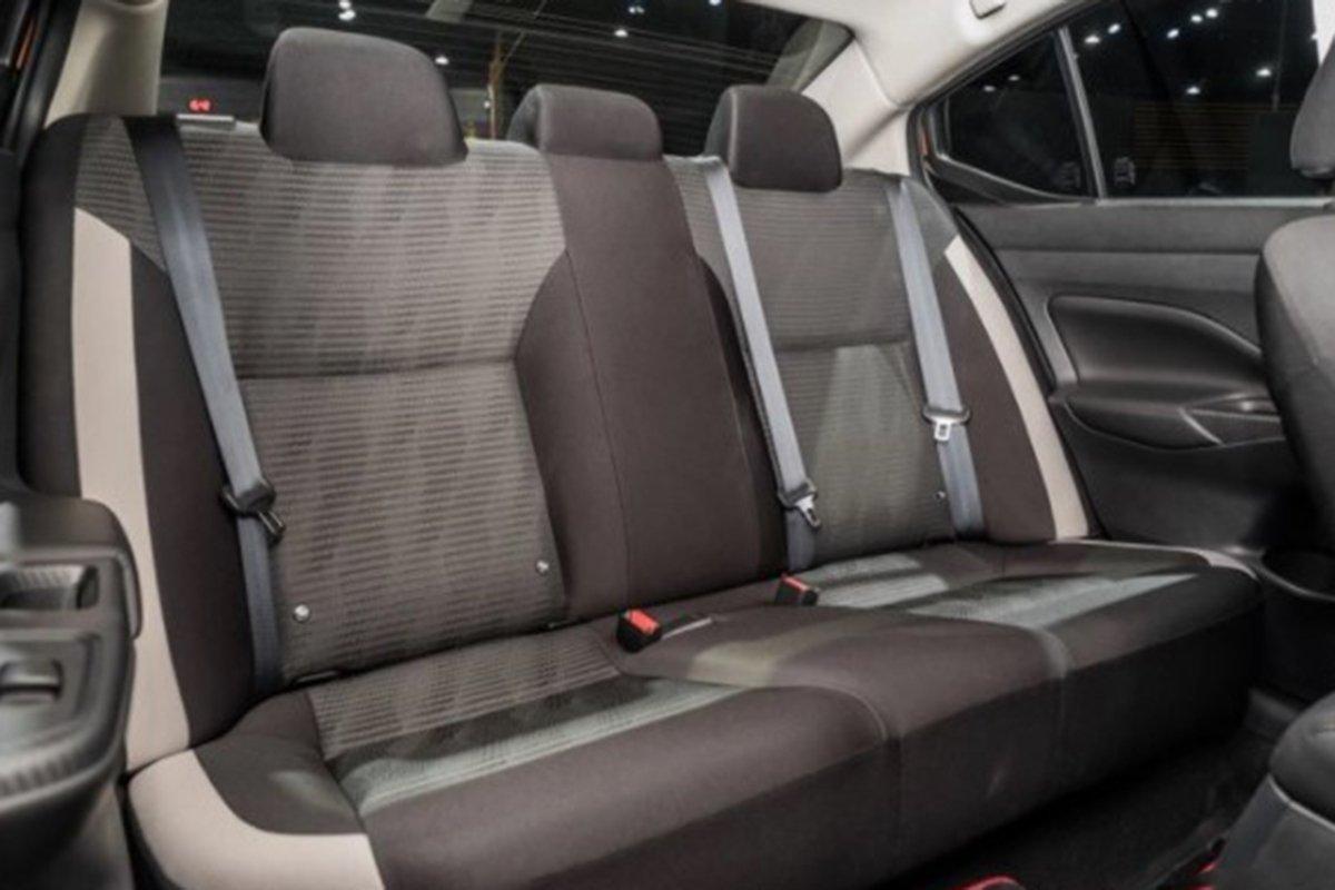 Ảnh Ghế sau xe Nissan Sunny 2021