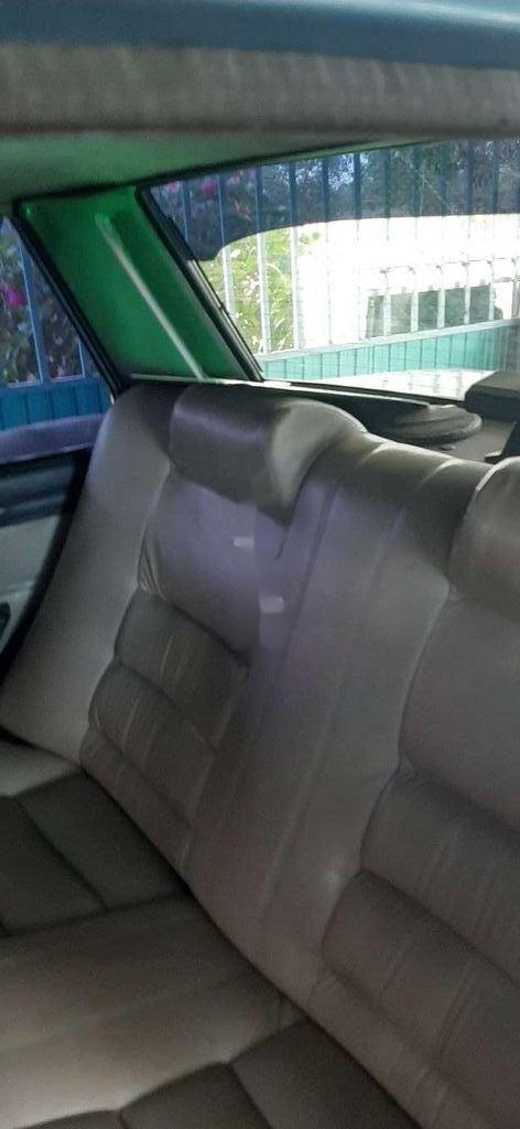 Cần bán gấp Toyota Corolla sản xuất 1984, nhập khẩu  (7)