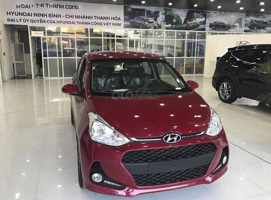 Bán Hyundai Grand i10 1.2 AT năm sản xuất 2020, màu đỏ (4)