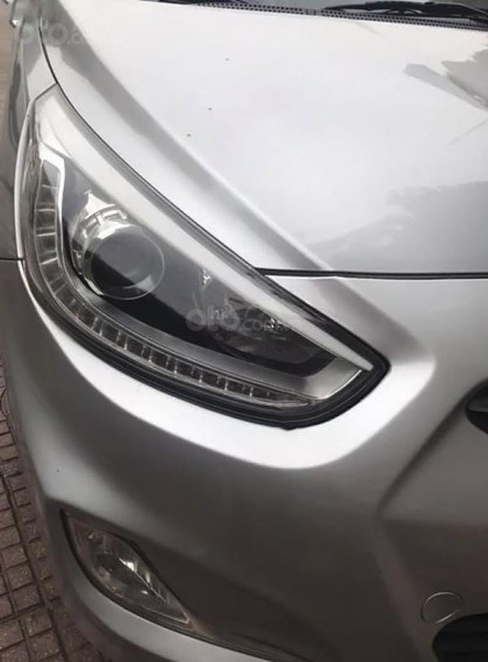 Bán Hyundai Accent 1.4 AT sản xuất năm 2014, màu bạc, nhập khẩu nguyên chiếc (3)