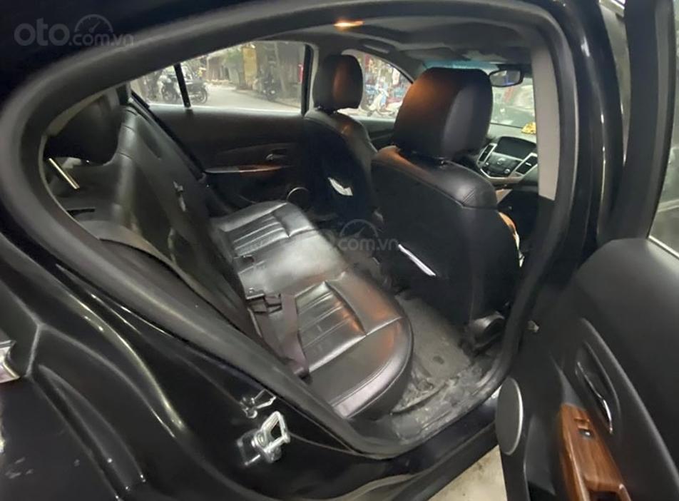 Cần bán gấp Daewoo Lacetti CDX 1.8 AT sản xuất năm 2011, màu đen, nhập khẩu, giá tốt (4)