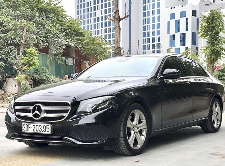 Bán xe Mercedes E250 năm 2016, màu đen (1)