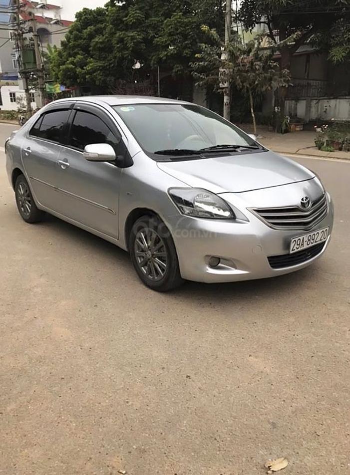 Bán ô tô Toyota Vios năm sản xuất 2013, màu bạc còn mới, giá 320tr (1)