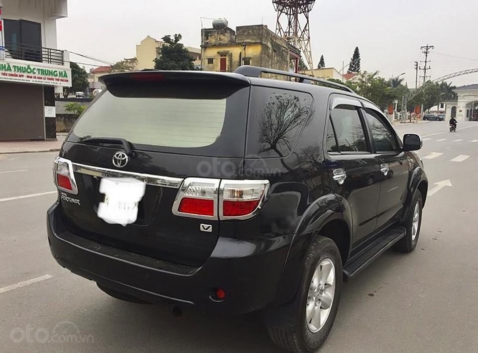 Cần bán lại xe Toyota Fortuner sản xuất năm 2009, màu đen, giá chỉ 415 triệu (5)