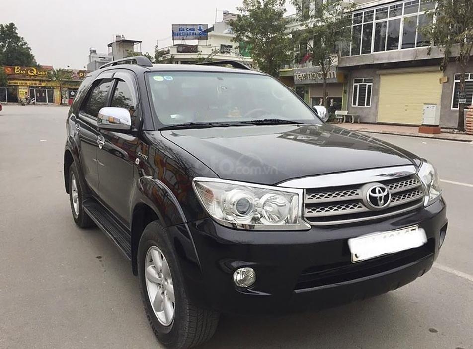 Cần bán lại xe Toyota Fortuner sản xuất năm 2009, màu đen, giá chỉ 415 triệu (1)
