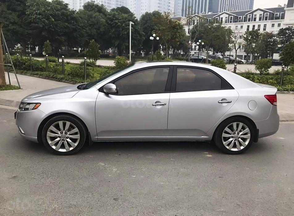 Bán Kia Forte sản xuất 2009, màu bạc, nhập khẩu nguyên chiếc, giá chỉ 328 triệu (3)
