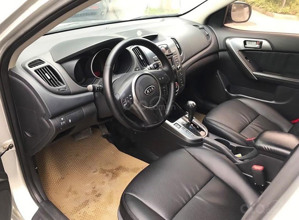 Bán Kia Forte sản xuất 2009, màu bạc, nhập khẩu nguyên chiếc, giá chỉ 328 triệu (2)