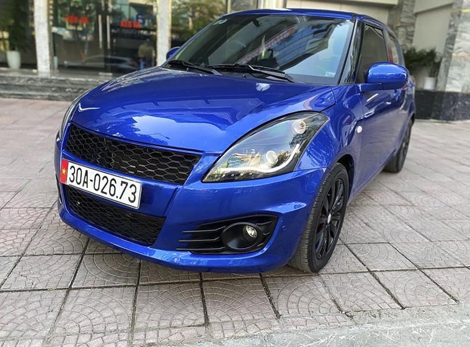 Bán Suzuki Swift năm sản xuất 2013, màu xanh lam, xe nhập (1)