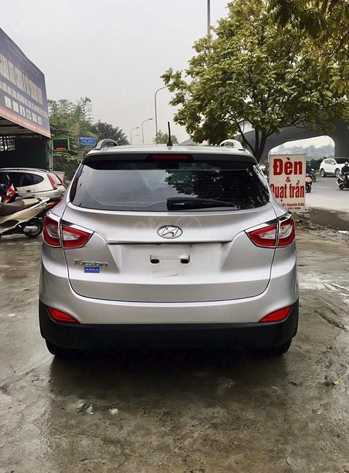 Xe Hyundai Tucson đời 2014, màu bạc, xe nhập chính chủ, giá tốt (3)
