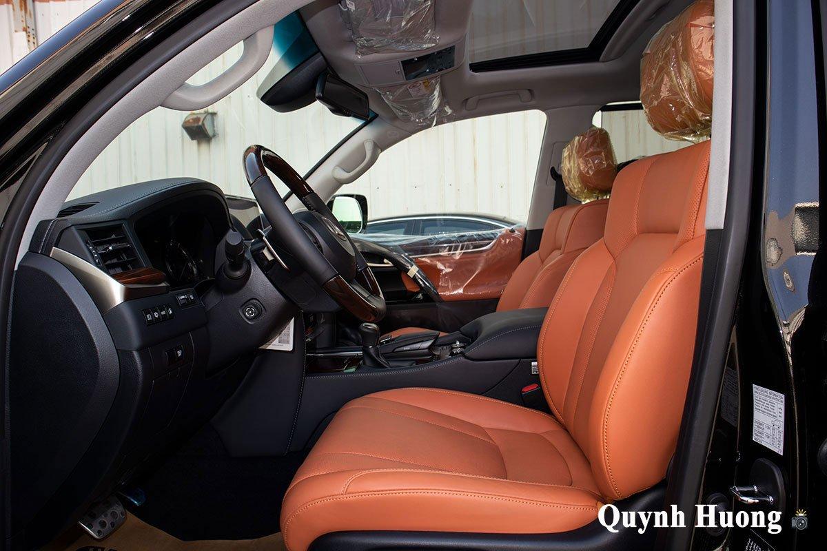 Lexus LX570 Super Sport 2021 đầu tiên cập bến Việt Nam với ngoại hình mới a10
