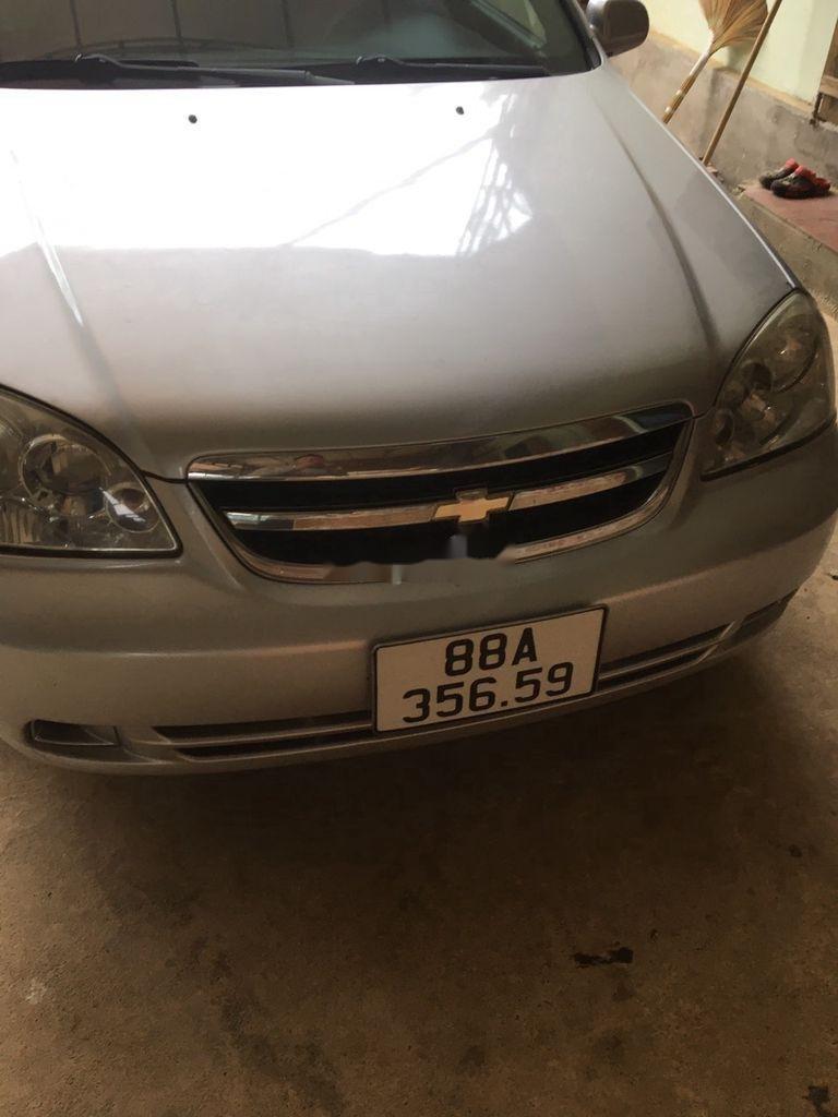 Cần bán xe Chevrolet Lacetti sản xuất 2012 còn mới (12)
