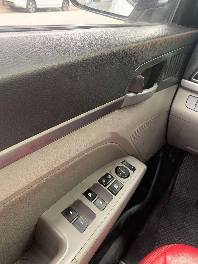 Bán Hyundai Elantra năm 2017, xe giá thấp, động cơ ổn định  (12)