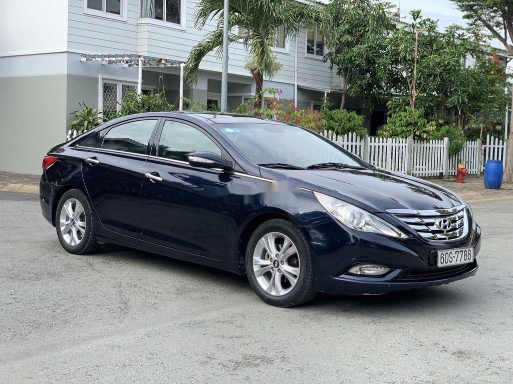 Cần bán Hyundai Sonata sản xuất 2010, xe nhập còn mới (6)