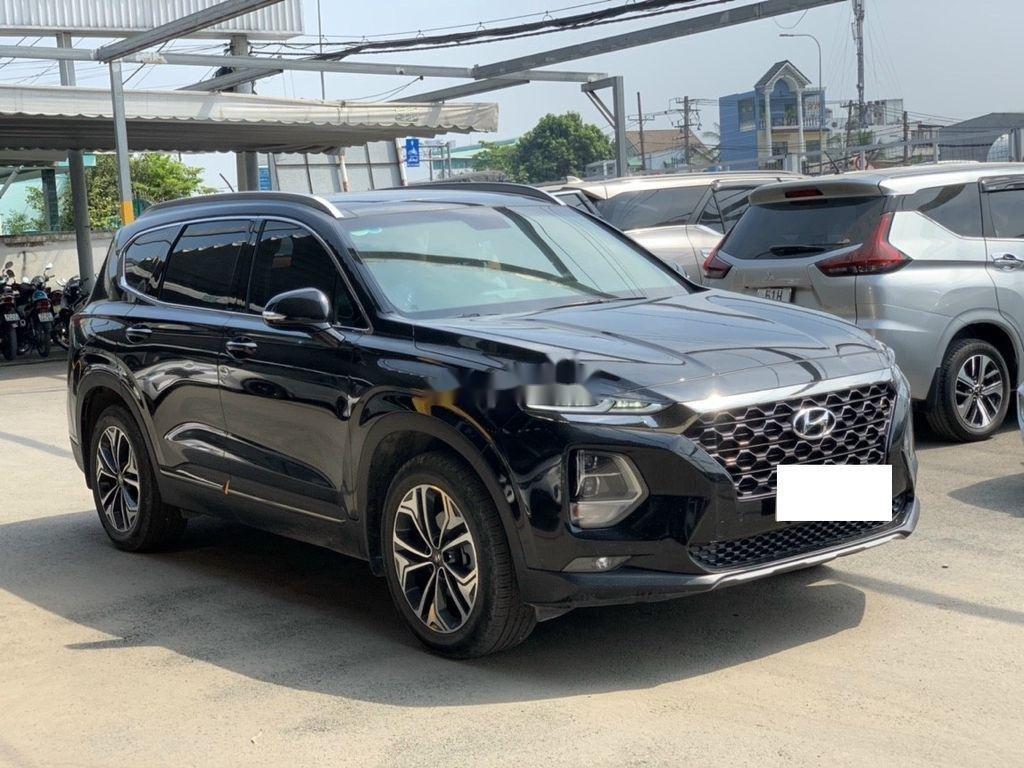 Cần bán lại xe Hyundai Santa Fe 2020, màu đen ít sử dụng (1)
