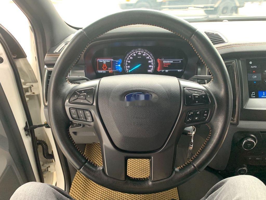 Cần bán xe Ford Ranger Wildtrak năm sản xuất 2017, nhập khẩu (7)