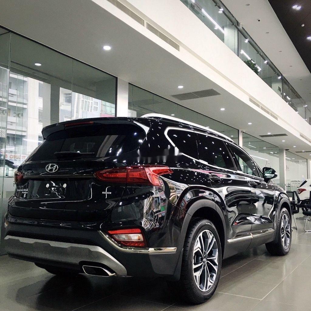 Cần bán Hyundai Santa Fe máy xăng tiêu chuẩn năm sản xuất 2020 giá cạnh tranh (2)