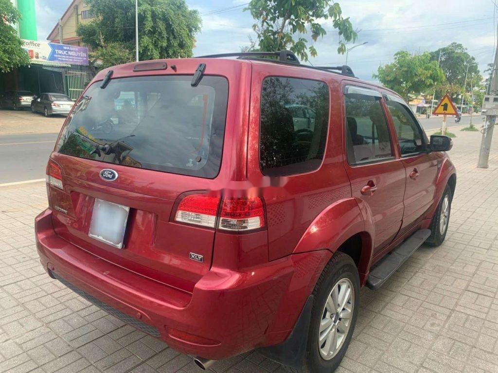 Cần bán lại xe Ford Escape 2011, màu đỏ chính chủ (4)