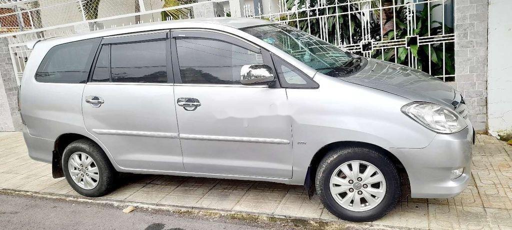 Bán Toyota Innova sản xuất năm 2010, giá tốt, xe chính chủ (2)