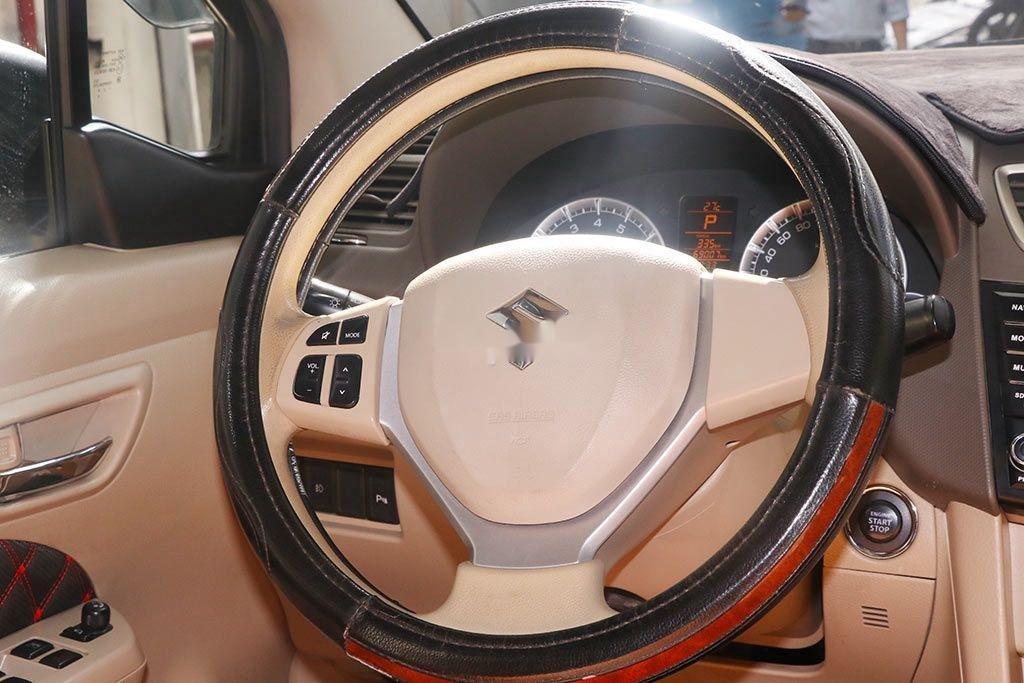 Cần bán gấp Suzuki Ertiga năm 2017, màu trắng, nhập khẩu, giá 426tr (9)
