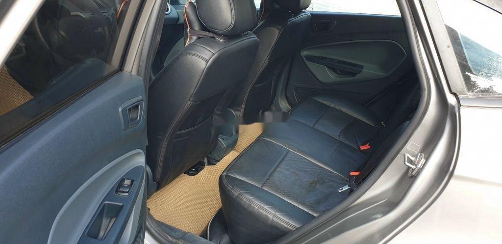 Xe Ford Fiesta năm sản xuất 2012, nhập khẩu nguyên chiếc (5)