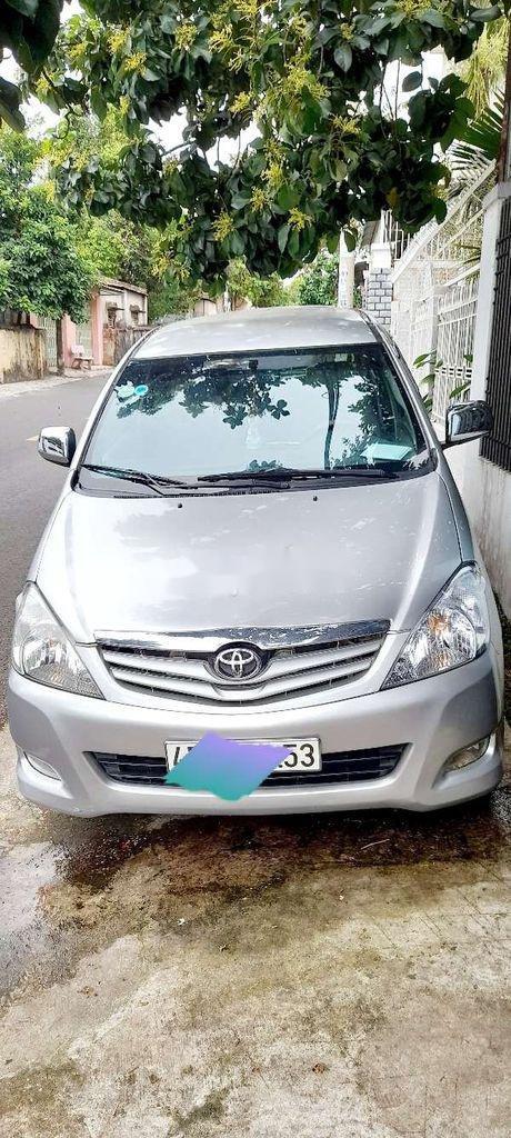 Bán Toyota Innova sản xuất năm 2010, giá tốt, xe chính chủ (1)