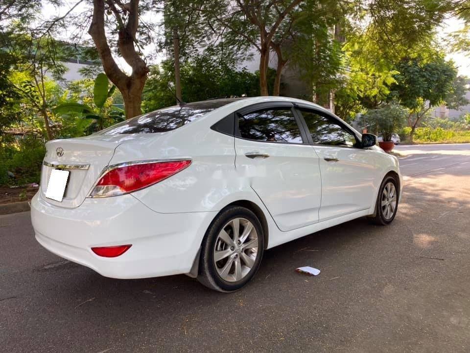 Bán Hyundai Accent sản xuất 2015, nhập khẩu nguyên chiếc (4)