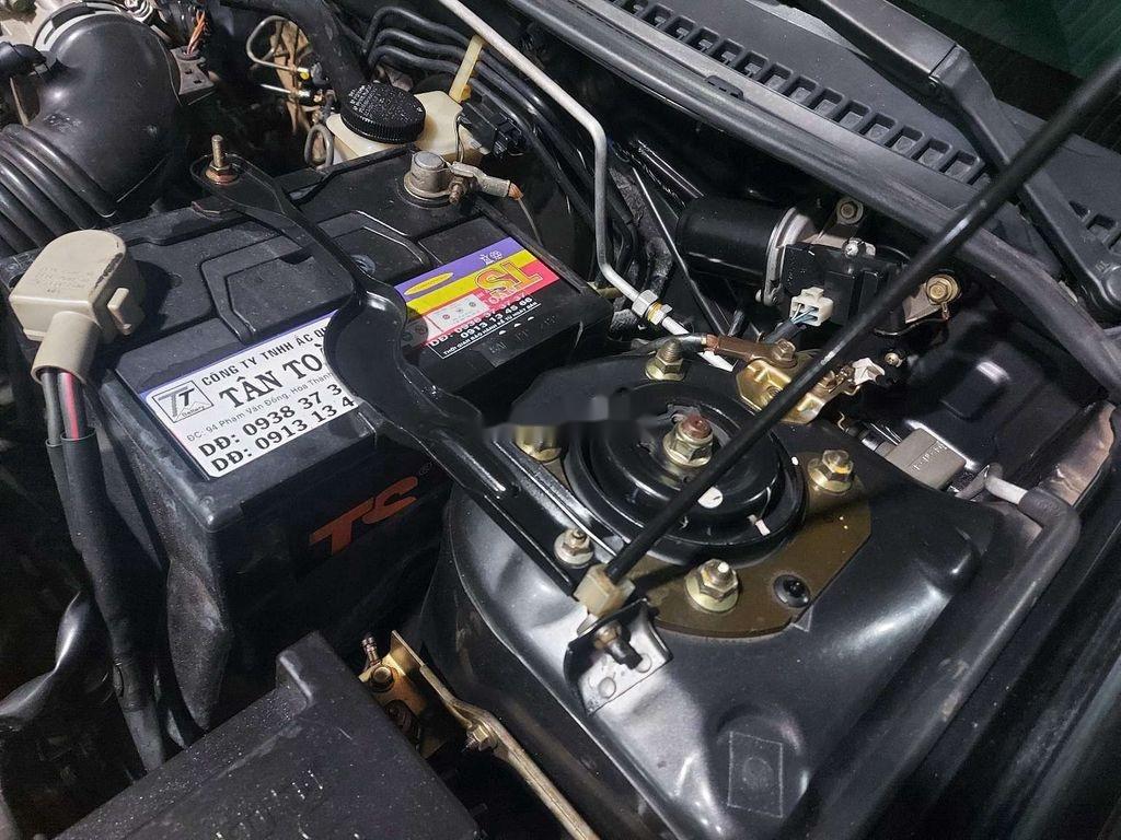Cần bán xe Ford Laser sản xuất 2002 còn mới, giá 175tr (12)