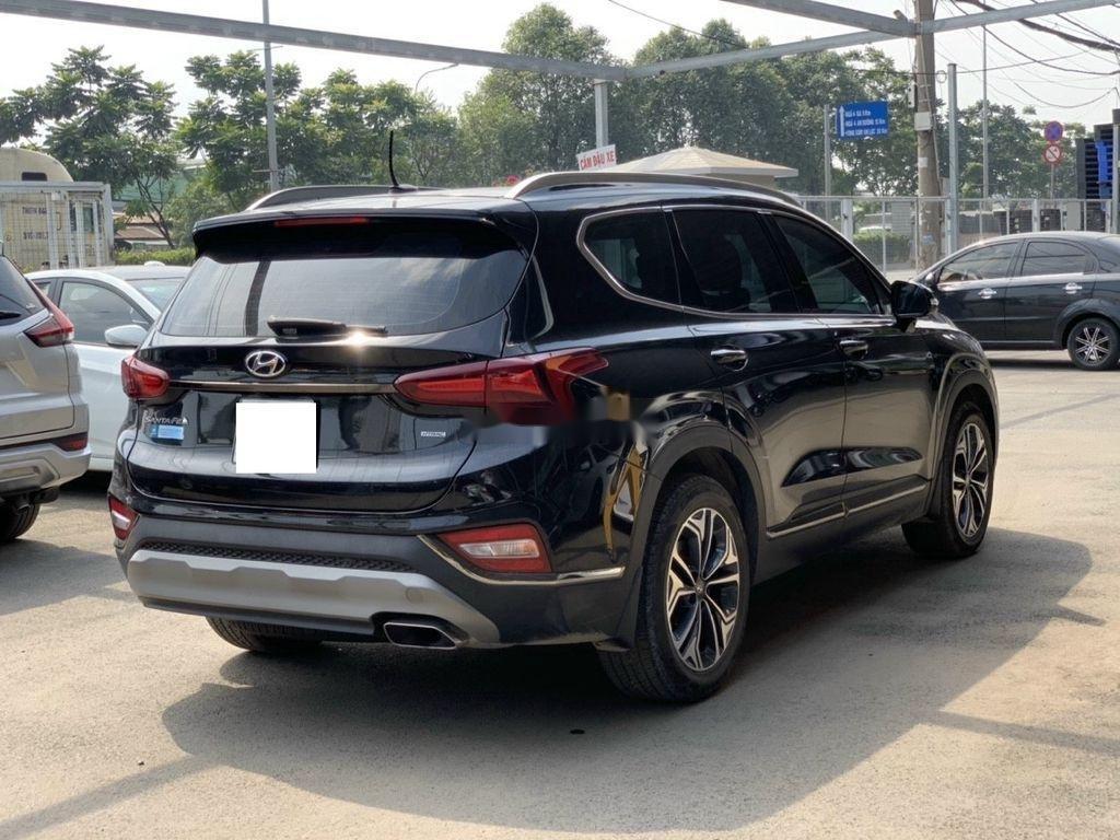 Cần bán lại xe Hyundai Santa Fe 2020, màu đen ít sử dụng (4)