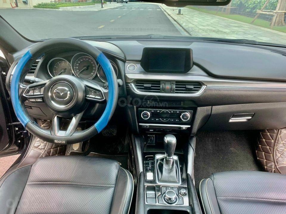 Cần bán xe Mazda 6 năm 2017, màu xanh lam chính chủ giá cạnh tranh (4)