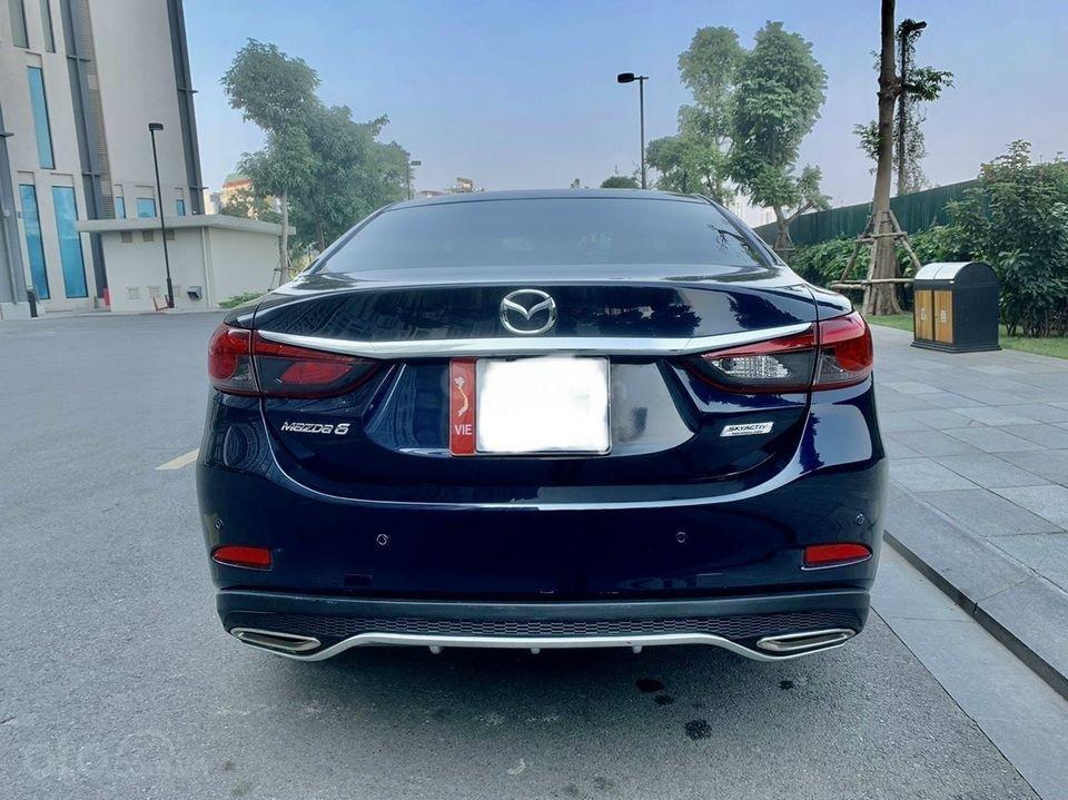 Cần bán xe Mazda 6 năm 2017, màu xanh lam chính chủ giá cạnh tranh (2)