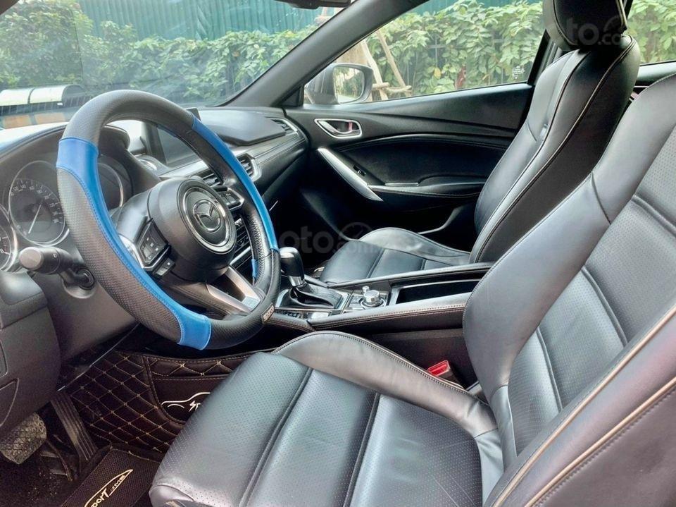 Cần bán xe Mazda 6 năm 2017, màu xanh lam chính chủ giá cạnh tranh (6)