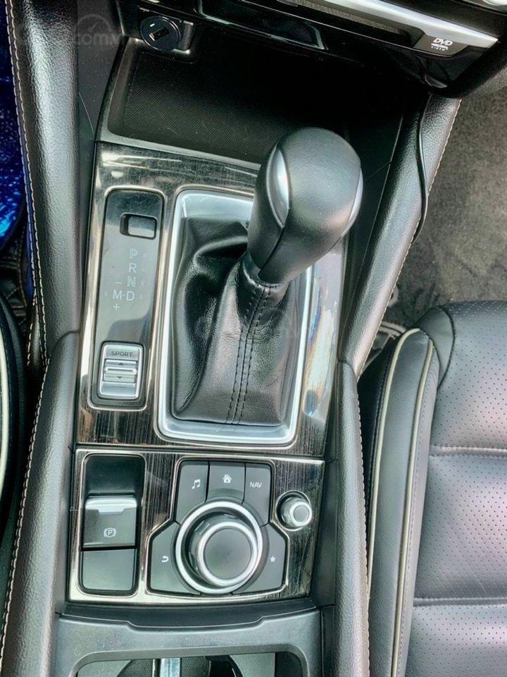 Cần bán xe Mazda 6 năm 2017, màu xanh lam chính chủ giá cạnh tranh (7)