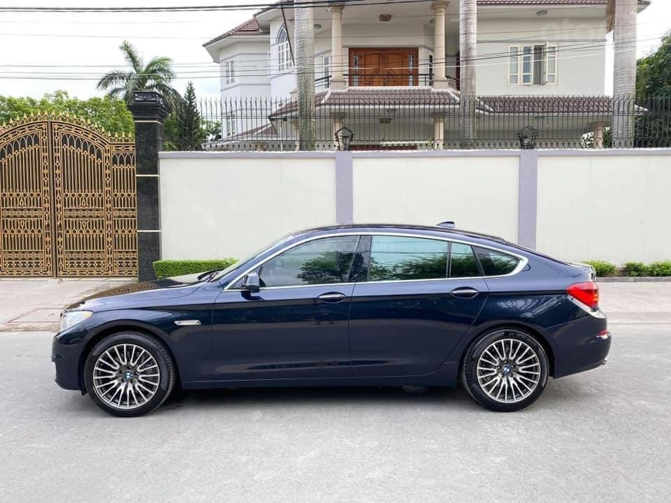 Cần bán lại xe BMW 5 Series sản xuất năm 2016, màu xanh lam (4)