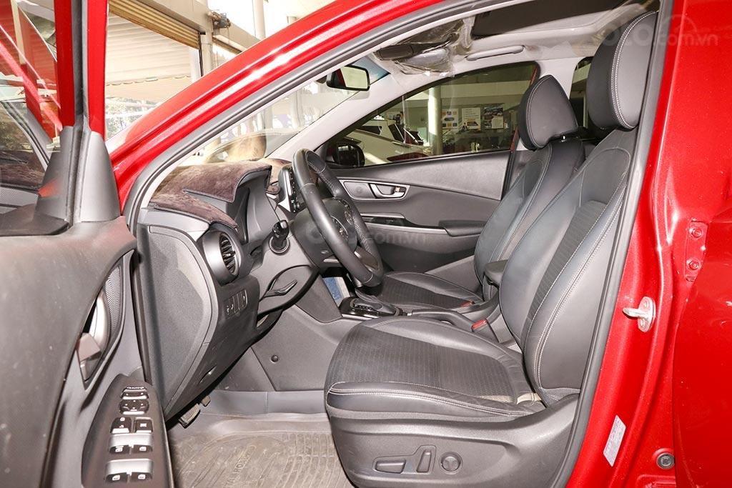 Bán nhanh chiếc Hyundai Kona 1.6AT Turbo 2018 (8)
