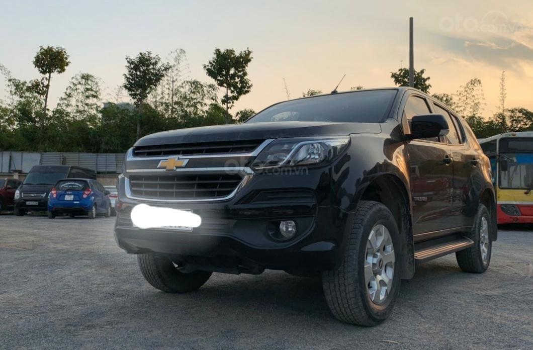 Bán đấu giá chiếc Chevrolet Traiblazer LT 2018 số tự động (2)