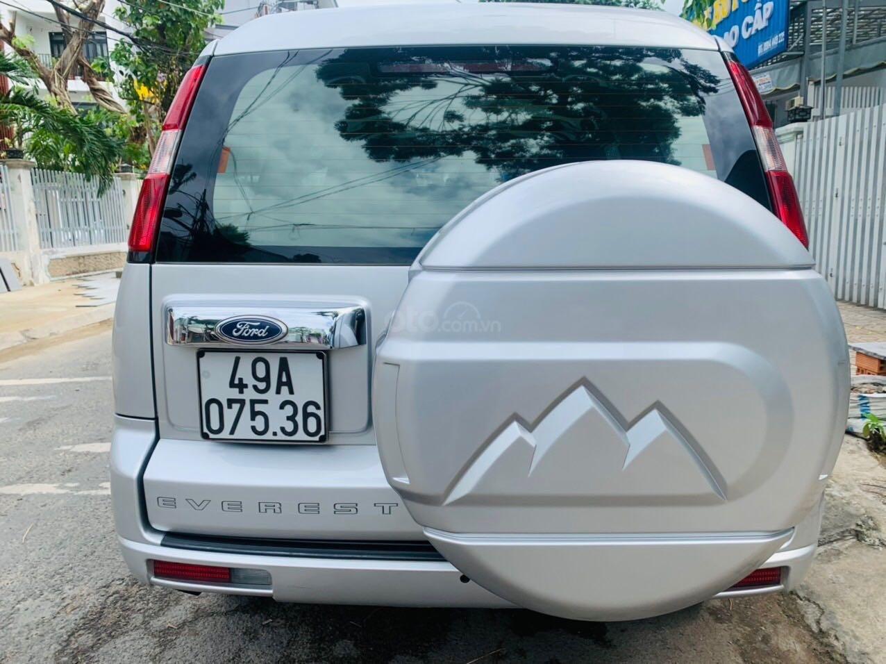 Bán Ford Everest đăng ký lần đầu 2013, màu bạc xe gia đình giá 515 triệu đồng (6)