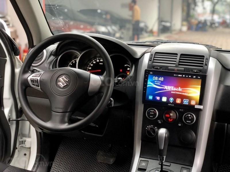 Bán gấp chiếc Suzuki Grand vitara 2.0 sx 2016 (11)