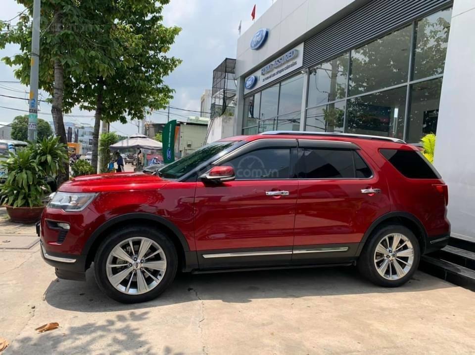 Bán chiếc Ford Explorer Demo 2018 xe cực đẹp, giá cực tốt (2)