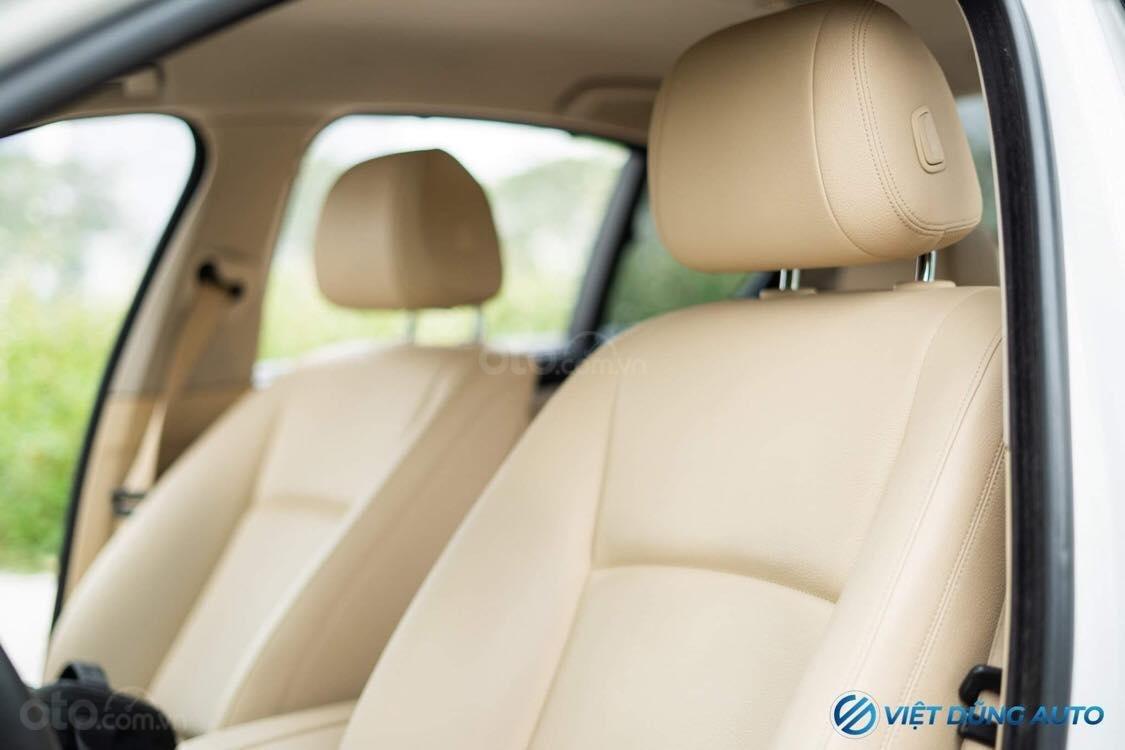 BMW 520i màu trắng nội thất kem hiếm có khó tìm sx 2014 số tự động (8)