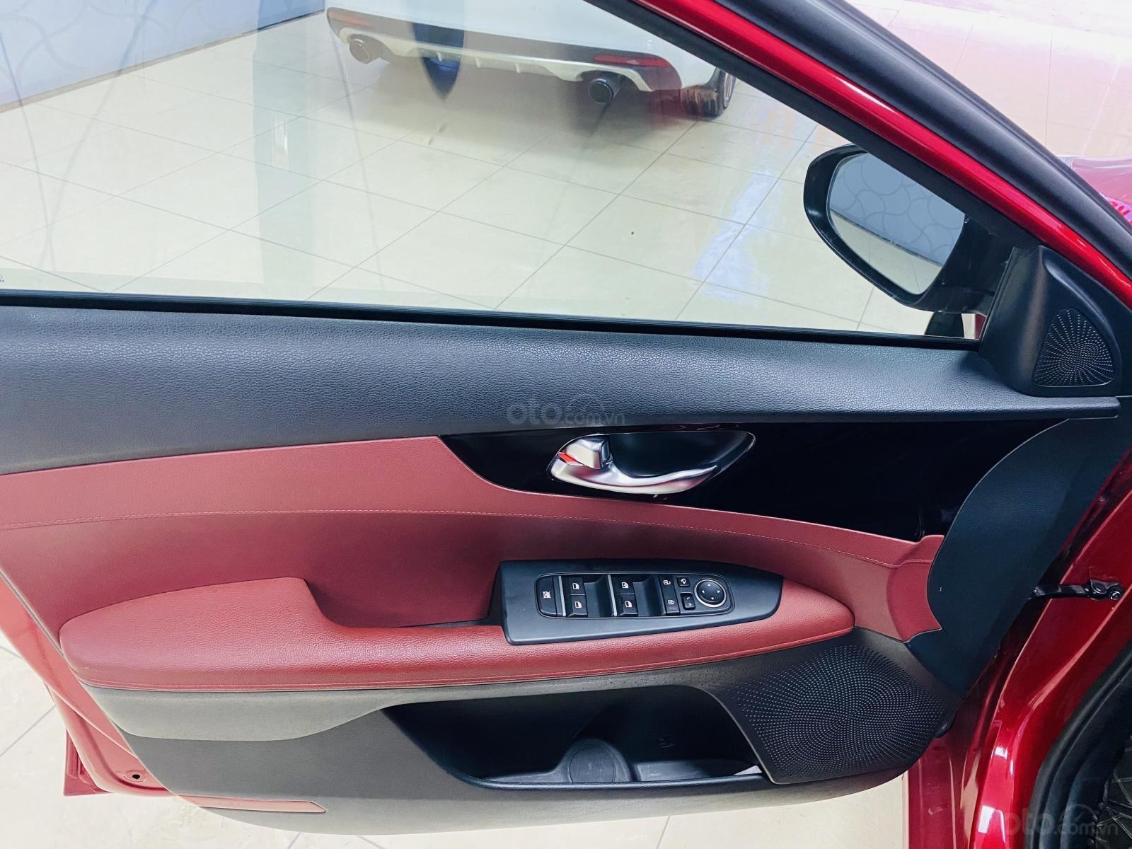 Bán Kia Cerato sản xuất năm 2018, màu đỏ số tự động (11)