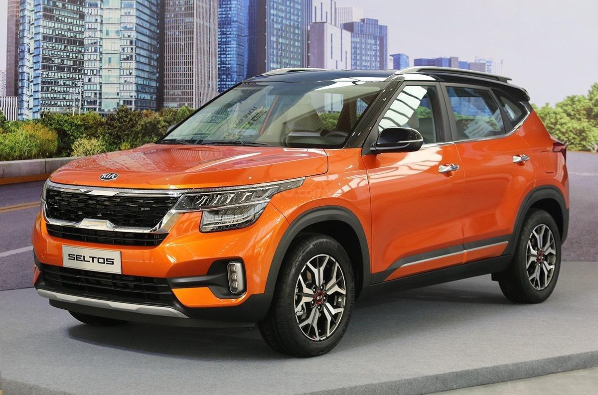 Kia Seltos 1.4 Premium cam - đen, giao xe tháng 1/2021 (3)
