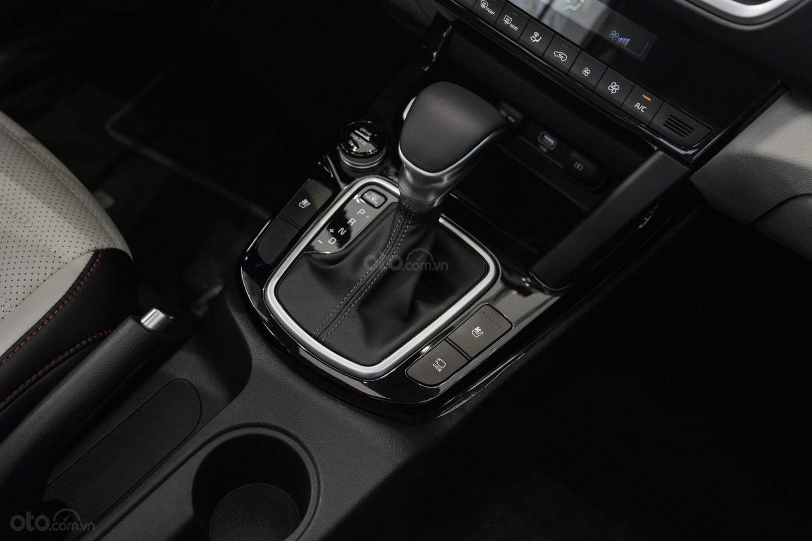 Kia Seltos 1.4 Premium cam - đen, giao xe tháng 1/2021 (6)