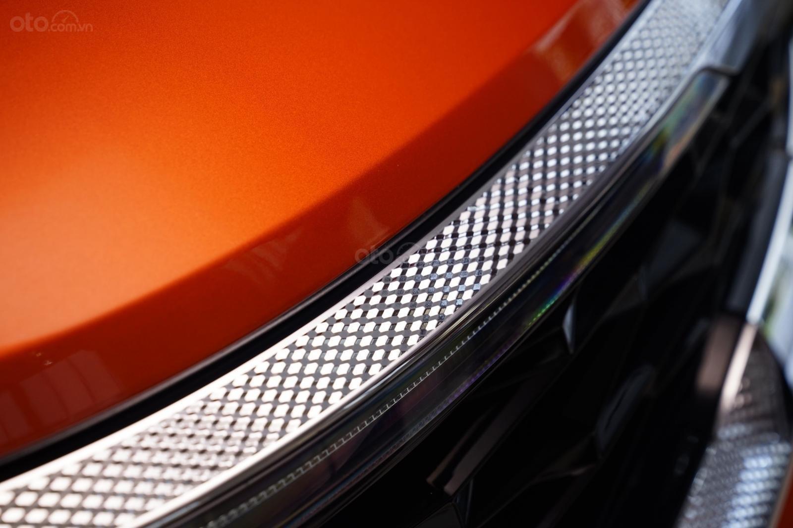 Kia Seltos 1.4 Premium cam - đen, giao xe tháng 1/2021 (10)